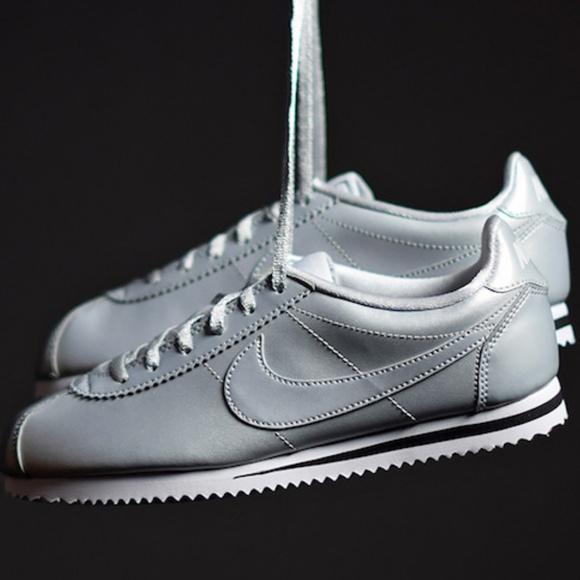 Nike Classic Cortez Og Metallic Silver